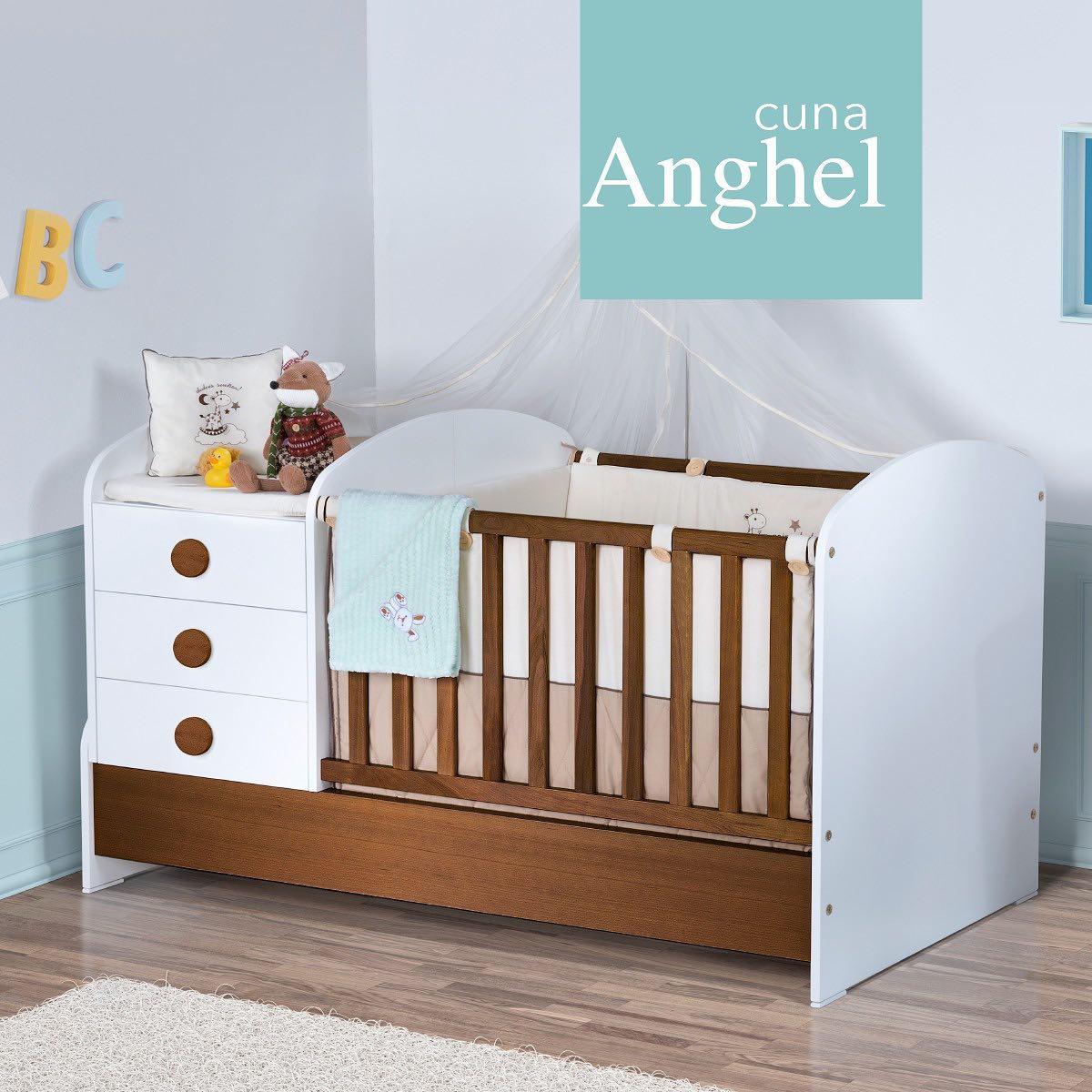 Colineal furniture